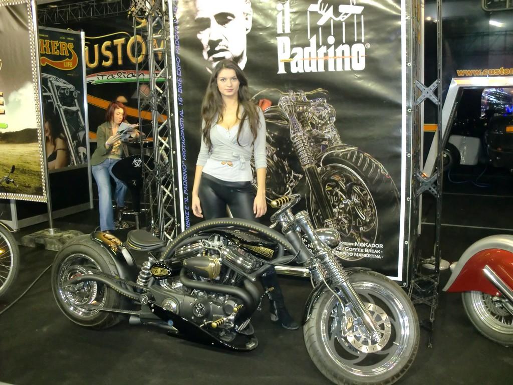 MR 2010 (105)