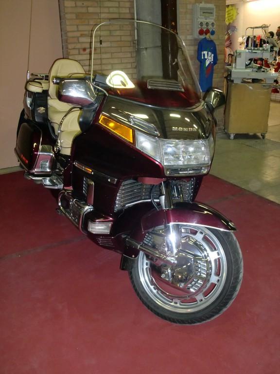 MR 2010 (150)