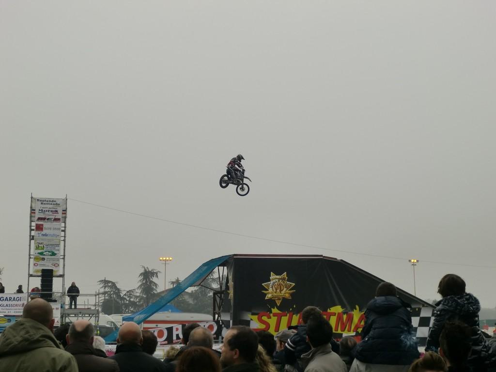 MR 2012 (222)
