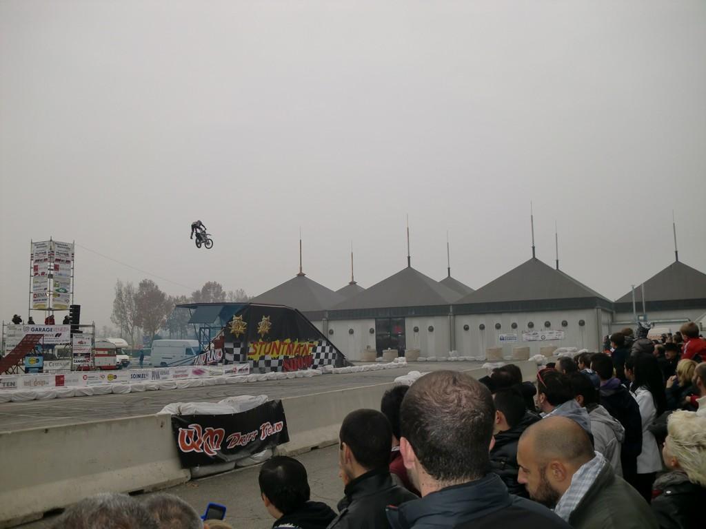 MR 2012 (227)